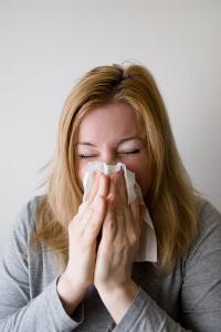 비염 혈관성,수술 알레르기성 및 만성 비염은 유년기에서 사춘기까지 증상이