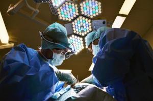 간암 초기 C형 간염 바이러스의 경우에는 아직 예방백신이 없다